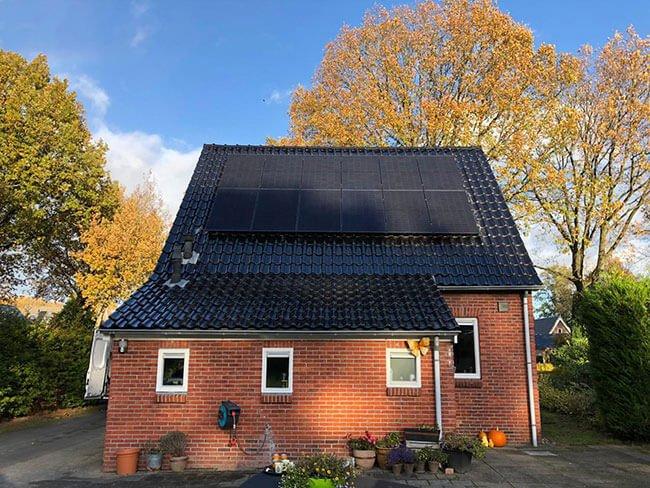 Installatie van zonnepanelen Joure
