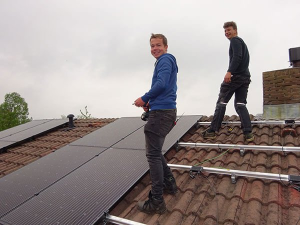 professionele zonnepanelen installatie appingedam