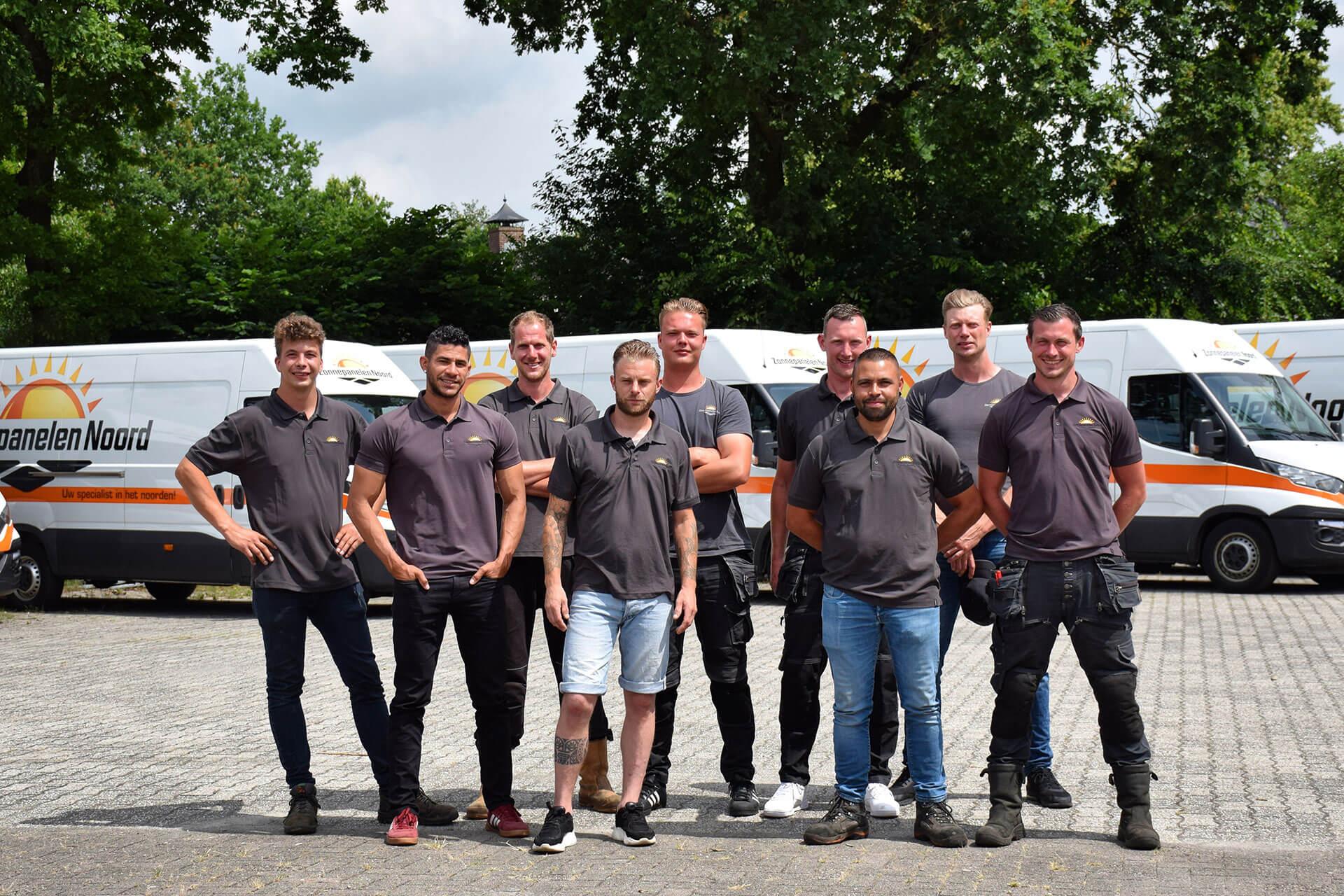 Zonnepanelen Noord team van monteurs